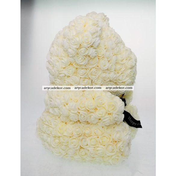 Rózsamaci 24 cm magas 17 cm széles (krém)
