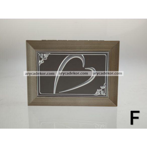 Ékszerdoboz 18x13 cm
