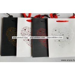 Általános ajándéktasak méret: közepes (23x18 cm) 12 db/csomag