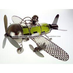 Fém bortartó repülő