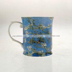 Porcelán bögre Van Gogh : Virágzó mandulaágak mintával 400 ml