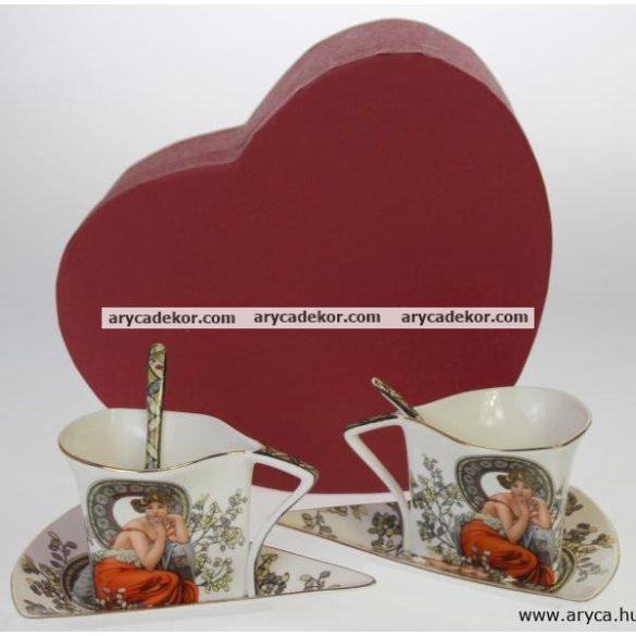 Porcelán csésze és csészealj kiskanállal