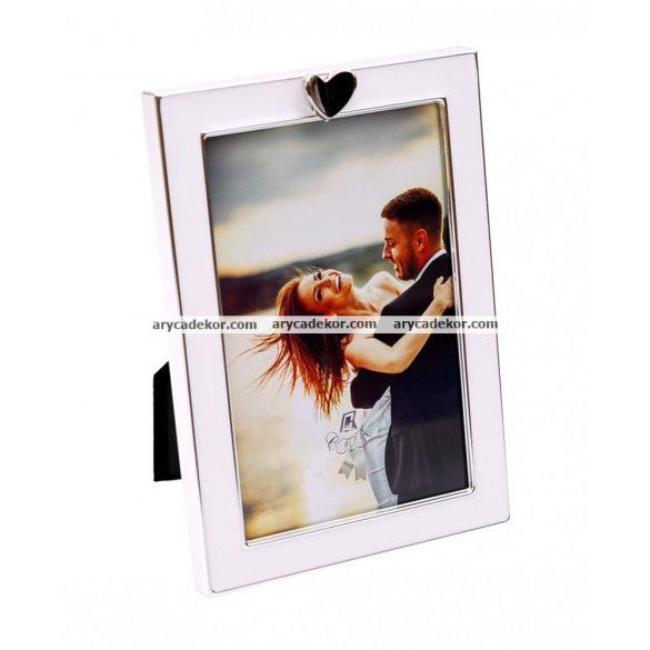 Esküvői festett képkeret szív díszítéssel  10x15 cm